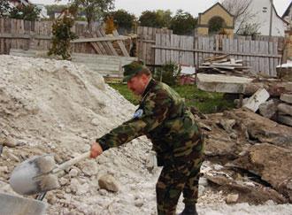 Помогаем строить Покровский храм в пос. Гатном, что под Киевом
