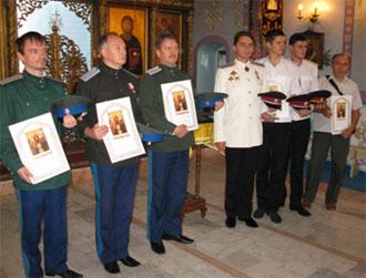 За старание и труд на благо матери церкви казаки оплотовцы были награждены грамотами Митрополита Владимира