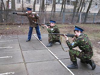 Учимся защищать Отечество. Казаки на учебе